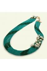 Chanel multifilo,giada crisopaz, agata verde smeraldo,perle di fiume, pz unico