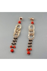 Orecchini spinello nero, corallo bamboo rosso