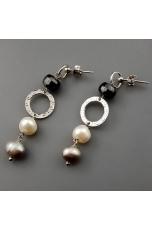 Orecchini, perle coltivate,  ematite