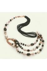 Chanel a 3 fili agata nera, perle di fiume