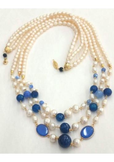 http://www.marako.it/712-711-thickbox/Chanel-a-tre-fili-perle.jpg