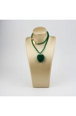 Ciondolo cuore tessuto a mano e girocollo in agata verde smeraldo