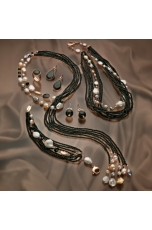 Collana a sciarpa,agata nera perle di fiume