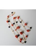 Collana corallo rosso, goccine spinello nero